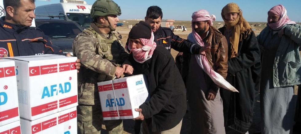 Barış Pınarı Harekat Bölgesine İnsani Yardımlar Devam Ediyor