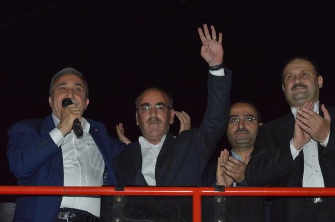 DBP'li meclis üyesi AK Parti'ye geçti